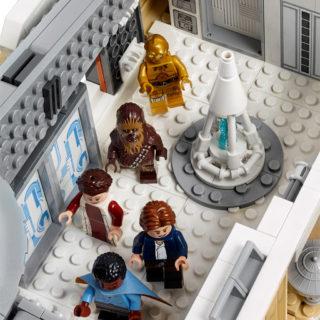 lego-star-wars-ucs-betrayal-at-cloud-city-75222-2018-hereinspaziert