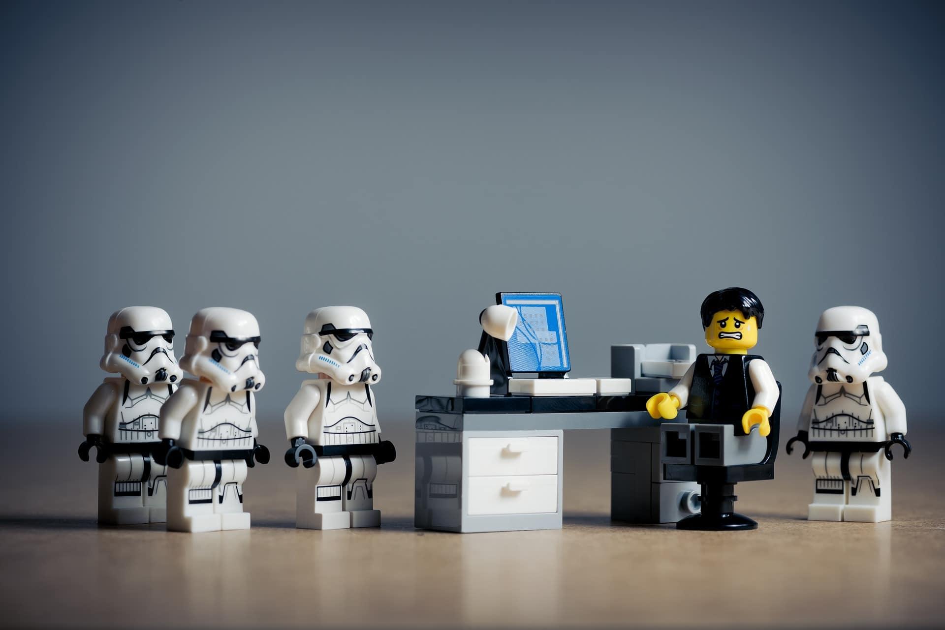 office-2539844_1920.jpg